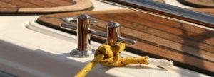 Agent de maintenance et de services des industries nautiques