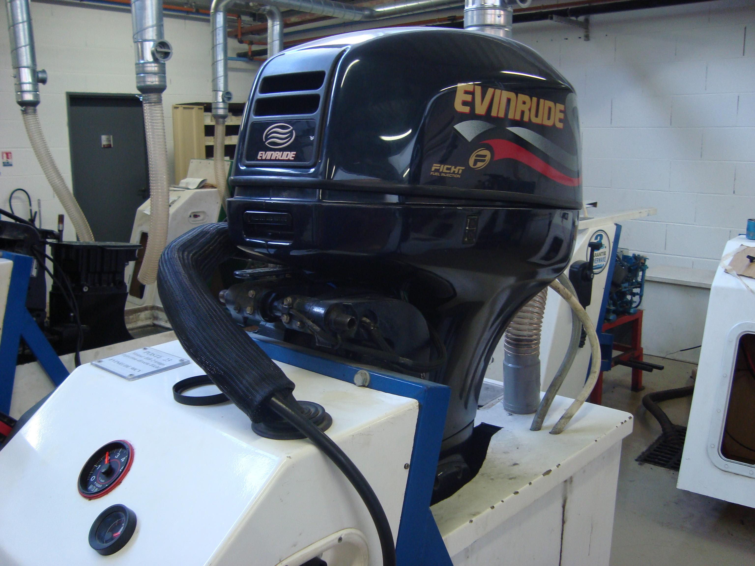 TP Constructeur aménageur nautique bois et composites