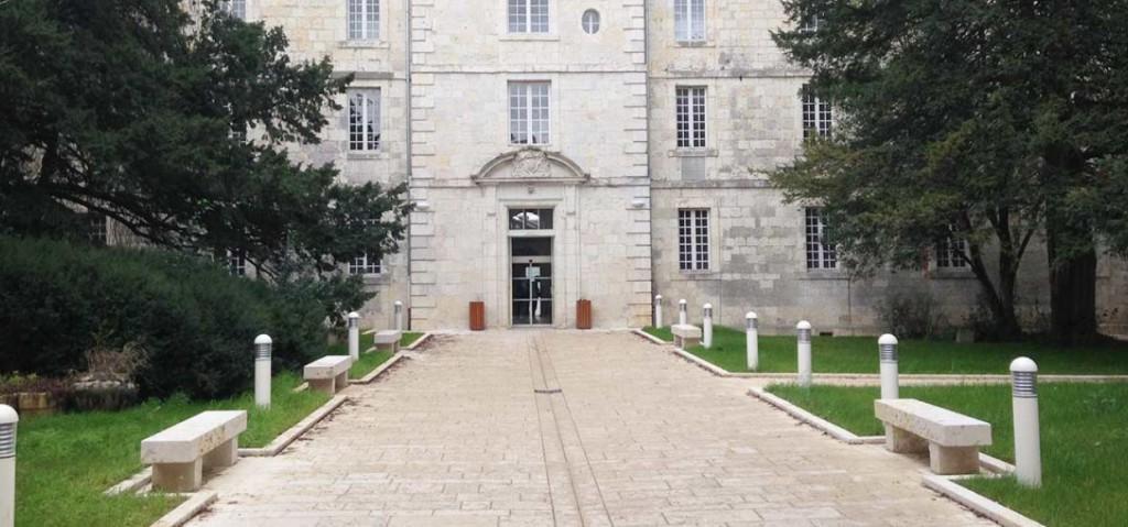 Lycée Jean Baptiste de Baudre