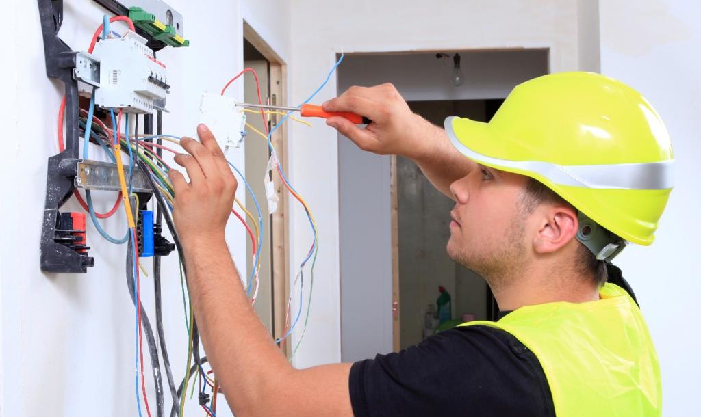 CAP Préparation et Réalisation d'Ouvrages Electriques (PROE – Electricien du Bâtiment)