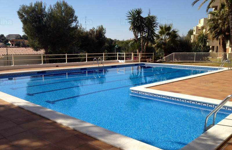 Traitement de l'eau des piscines publiques